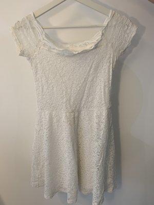 Schulterfreies Hollister Kleid