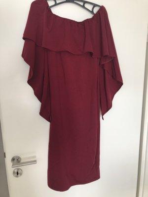 Sukienka z dekoltem typu bandeau purpurowy