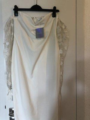 Schulterfreies Kleid mit Ballonärmeln