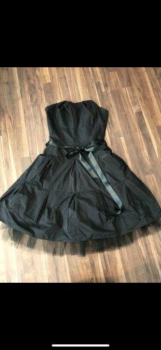 Schulterfreies Petticoat Kleid