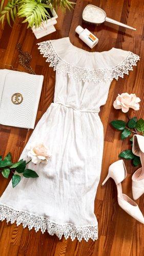 Schulterfreies Sommerkleid mit Spitzendetails süß cute