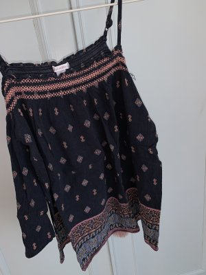 Xhilaration Off-The-Shoulder Top multicolored