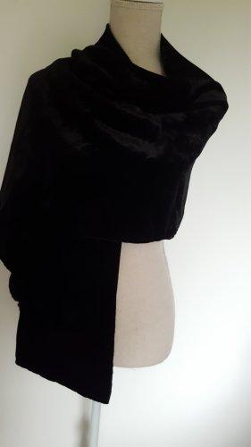 Chusta na ramiona czarny