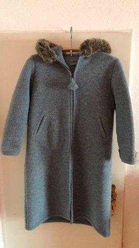 Manteau à capuche gris