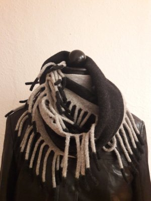 Fringed Scarf light grey-anthracite new wool