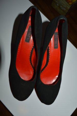 Schwarez Rote Heels Gr. 40 von Jumex