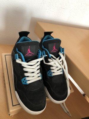 Schwarz/blaue Nike air Jordans für Frauen