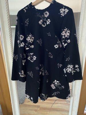 Schwarz geblümtes Kleid von Jacqueline de Yong Gr 38