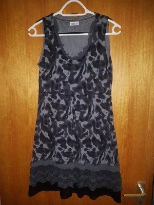 Schwarz gemustert Street One Kleid Baumwolle Volants Rüschen s/m