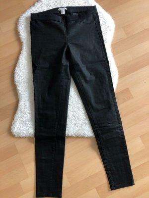 Schwarz glänzende Treggins von H&M