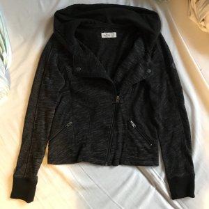 Schwarz grau melierte Jacke von Hollister tailliert mit Kapuze und Taschen S