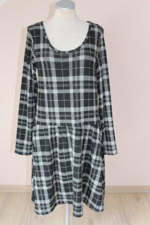 schwarz grau weiß kariertes Kleid Gr. 38 Herbstkleid Langarm neu