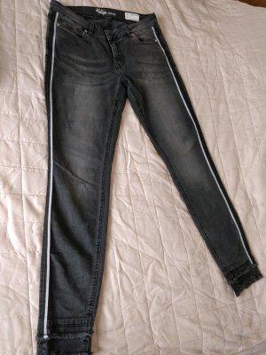 Schwarz graue Skinny Jeans von DENIM 1982 im used-Look, Gr. 40