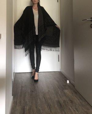 Mishumo Knitted Poncho black-grey