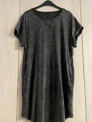 C&A Sukienka o kroju koszulki szary-czarny