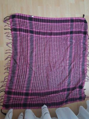 Schwarz/pinker Schal im Karomuster