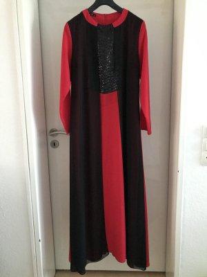 Schwarz-rotes Abendkleid