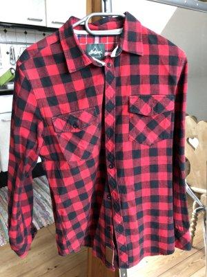 Schwarz rotes Holzfäller Hemd