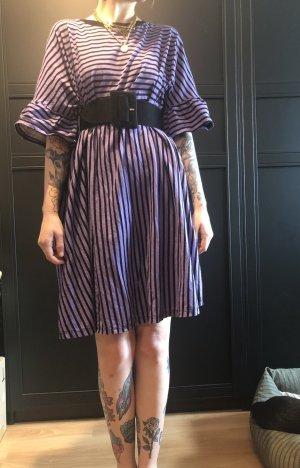 Schwarz Violettes Gestreiftes Kleid von Asos