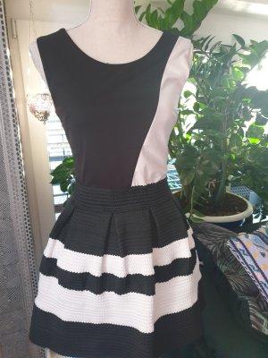 Empire Dress white-black