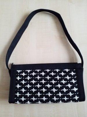 schwarz weiß gemusterte Bogyˋs Tasche