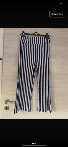 Schwarz Weiß gestreifte lockere Hose