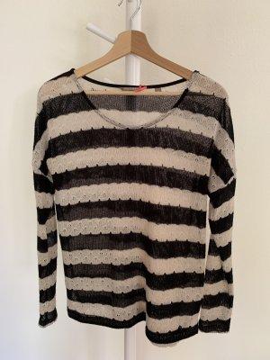 Schwarz Weiß gestreifter Pullover