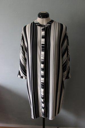 Schwarz Weiß gestreiftes Hemdblusenkleid