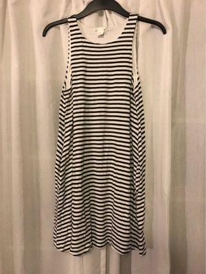 Schwarz weiß gestreiftes Jersey Kleid