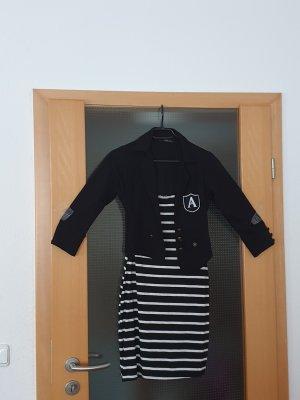 #schwarz-weiß gestreiftes Sommerkleid #schwarz-weiß gestreiftes Kleid #Jane Norman