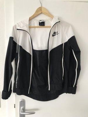 Nike Chaqueta con capucha negro-blanco
