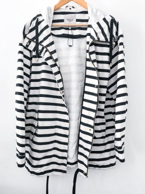 Zara Hoody white-black