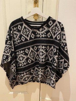 Bershka Knitted Poncho multicolored