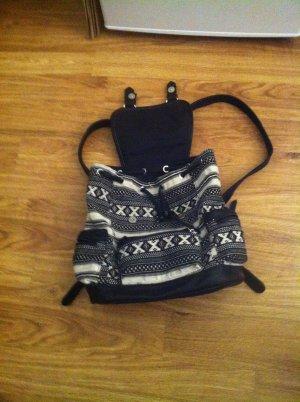 Schwarz-weißer Rucksack