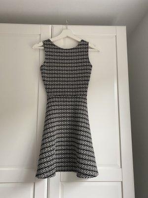 Pull & Bear Cut Out Dress black-white