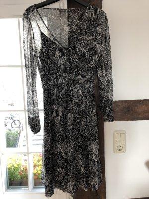 Schwarz/weißes Kleid von MEXX mit Unterkleid