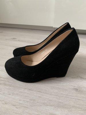 Schwarze Absatz Schuhe