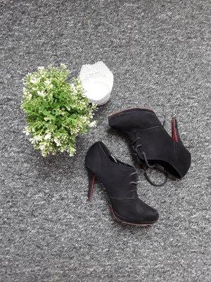 Schwarze Absatzschuhe von Graceland