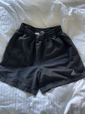 Schwarze Adidas Sporthose Shorts