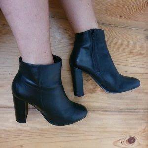 schwarze Ankle Booots, Stiefeletten, neuwertig, 39