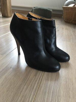 Schwarze Ankle Boots von Buffalo
