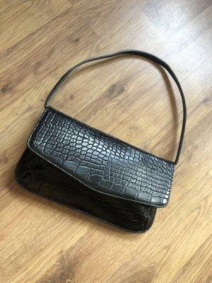Schwarze Baguette-Bag mit Schlangenmuster