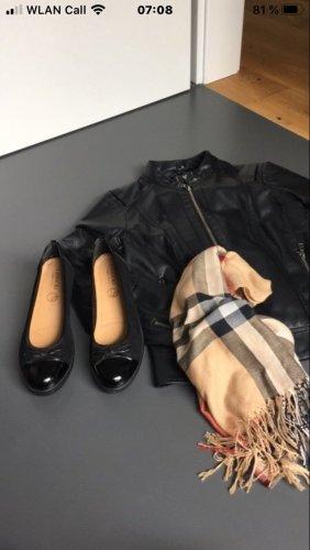 Lasocki Patent Leather Ballerinas black