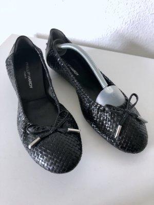Schwarze Ballerinas aus geflochtenem Leder von PHILLIP HARDY