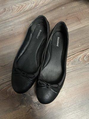 Schwarze Ballerinas, Graceland