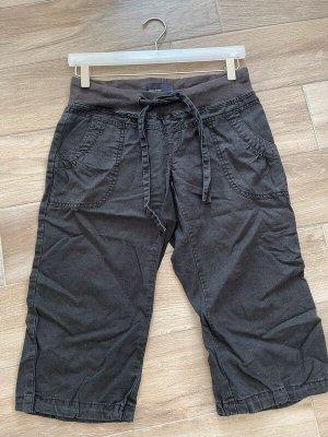 Schwarze Bermudas / 3/4 Hose von Vero Moda, Gr. 36