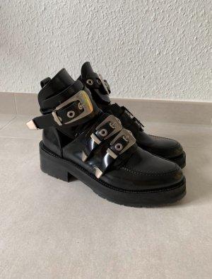 Schwarze Biker Cut-Out Boots