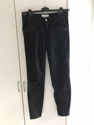 Schwarze Biker-Jeans