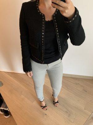 Schwarze Blazer mit Nieten und Reißverschluss sehr gute Qualität