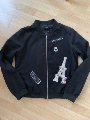 Schwarze Blouson Jacke mit Patches von Sisters point Größe L